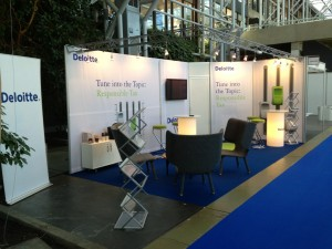 messestand_deloitte_2